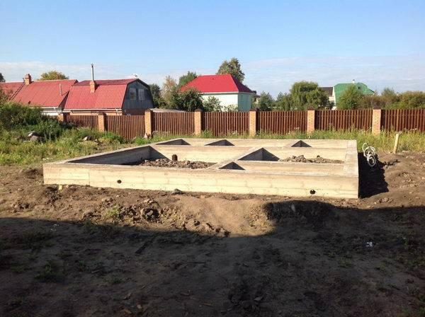 строительство бань из оцилиндрованного бревна