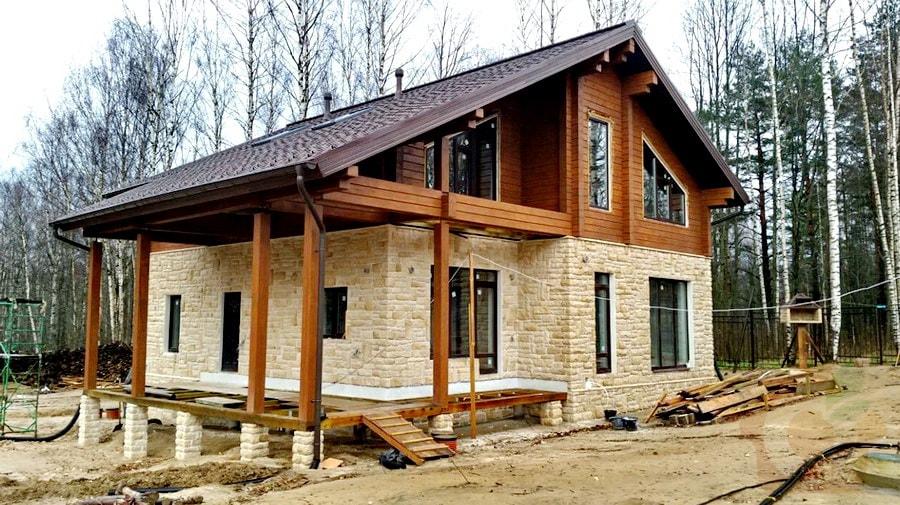 дом шале из комбинации материалов, Кирполье