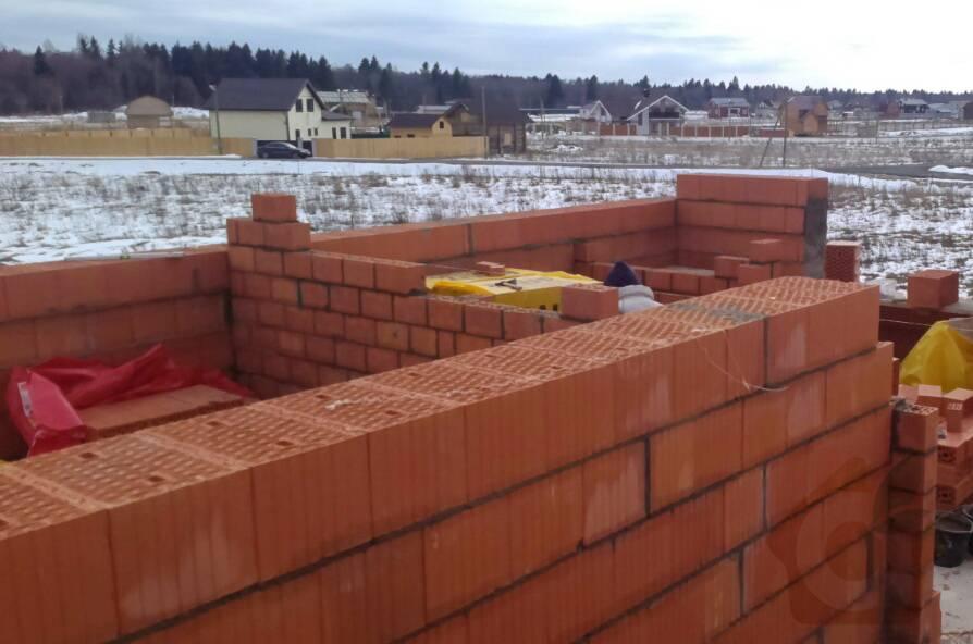 Квадратный дом из кирпича, проект и строительство